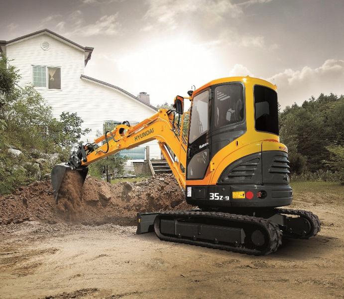 Alquiler de mini excavadoras para construcción y obra pública HYUNDAI