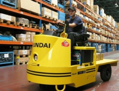 Alquiler renting tractor de arrastre valencia Hyundai